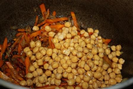 лук, морковь, нут