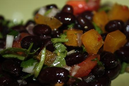 салат с черной фасолью