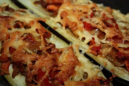 Баклажаны, фаршированные перцем